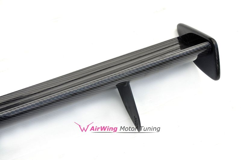 E82 - GTS style Carbon trunk spoiler 1