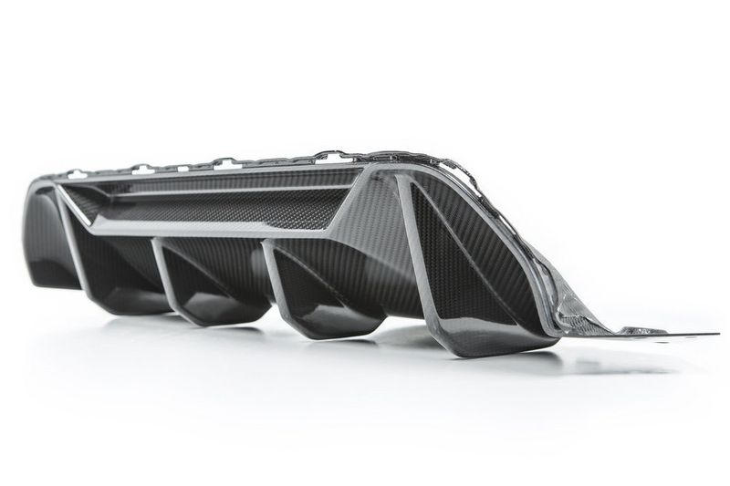 F90 M5- Performance carbon rear diffuser 03